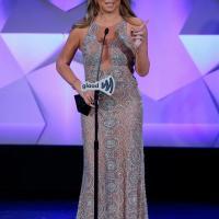 Raih Penghargaan dari Komunitas LGBT, Mariah Carey Berhadapan dengan Fans Lady Gaga