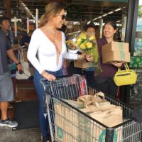 Gaya Berani Mariah Carey ke Pasar Menuai Kecaman